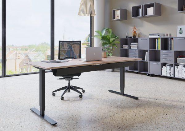 Billede af Hæve-sænkebord bøg med sort stel