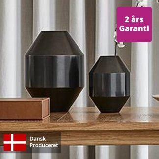 Billede af Hydro vaser i to størrelser